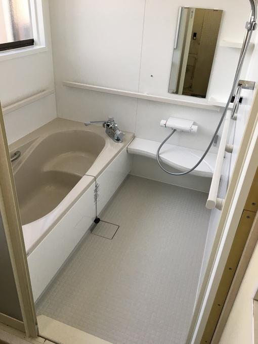 浴槽も広くなり、お掃除も簡単になりました。