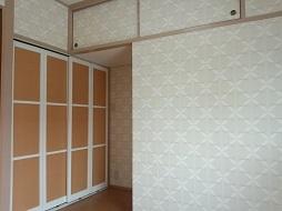 ズバリ、コルク床の部屋。