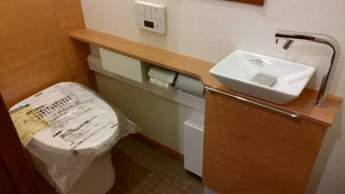 トイレリフォーム~収納+手洗い器が付く!