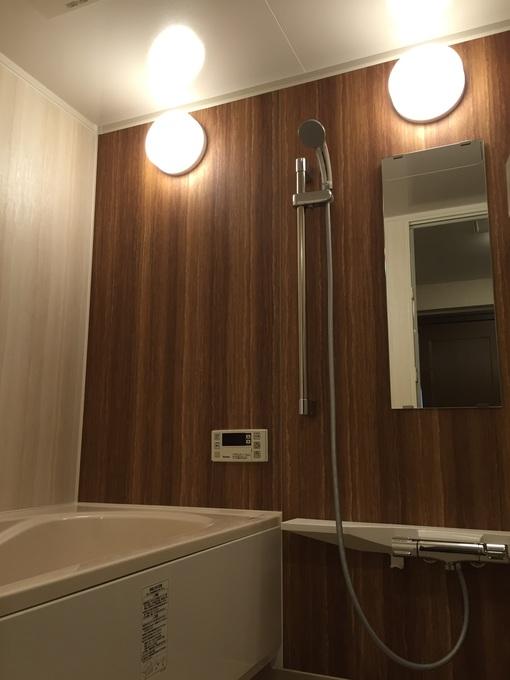 浴室改修工事を行いました。