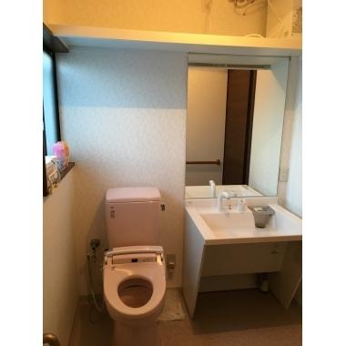 車椅子の人にも優しいトイレ