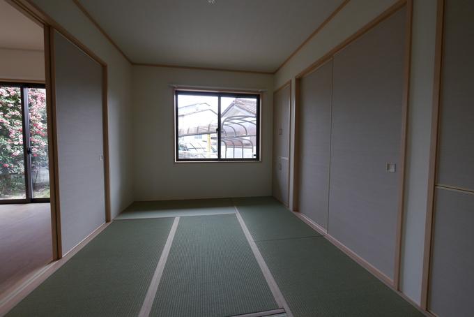 玄関を和室6畳にリニューアル