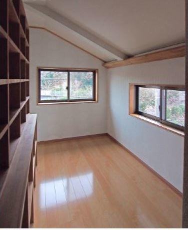 2階洋室に少し増築