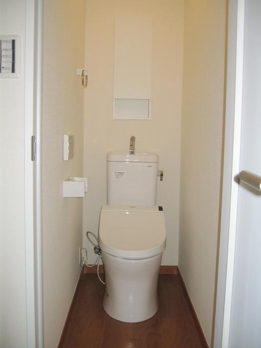 お風呂と一緒だったトイレを個室に