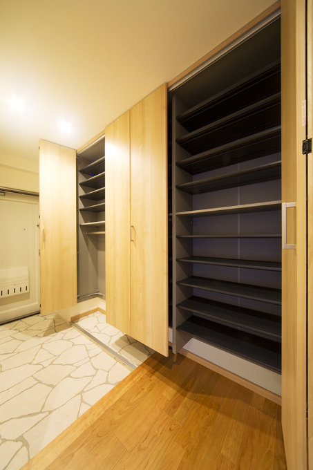 大容量の玄関収納 パナソニック【クロークボックス】