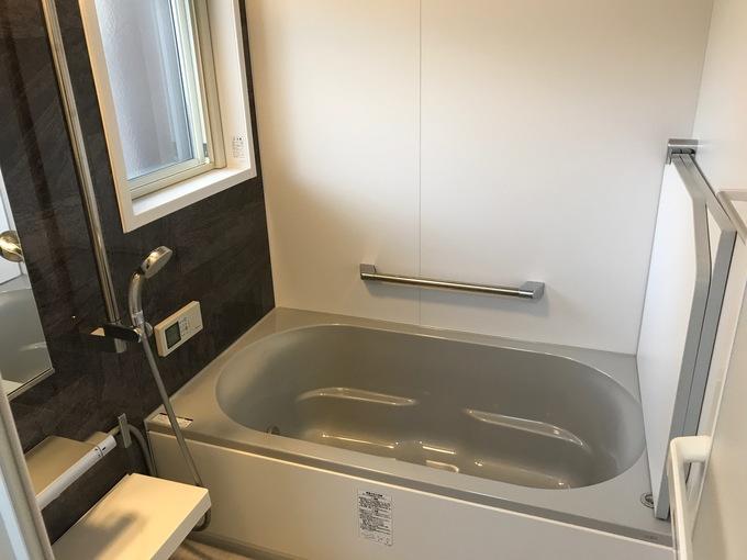 温かい快適バスルームへリフォーム!