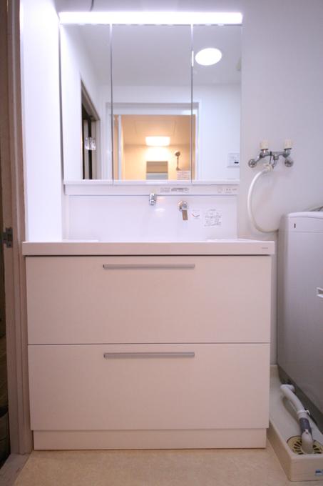 収納力のある洗面化粧台