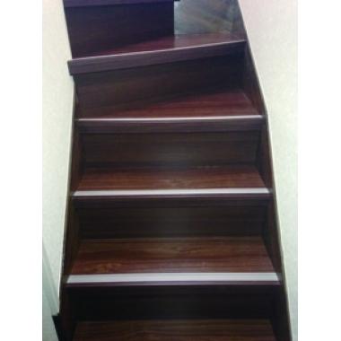 室内階段上張り工事(リフォーム施工事例:松戸市)