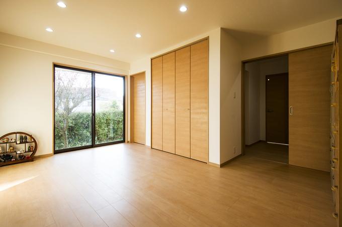 断熱材を厚めに使用。 窓は全てペアガラスにして快適な住み心地を実現。