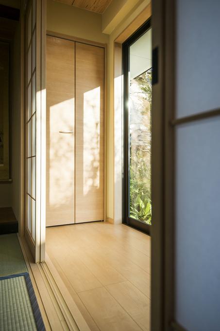 """廊下:築80年・""""熊本地震""""被災住宅"""