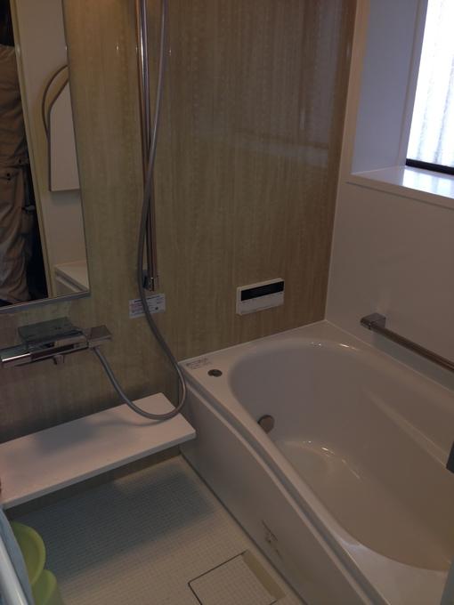 暗い浴室と洗面所を明るくリフォーム!