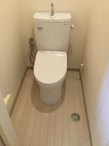 トイレ床補修工事