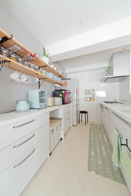 OPEN収納のあるキッチン