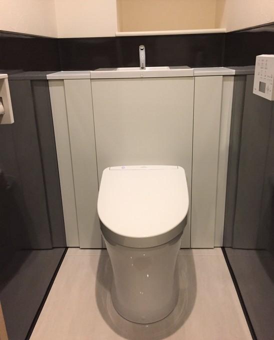 収納性とデザイン性が両立したトイレ