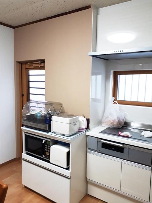 キッチン窓をコンパクトに、和室建具の交換