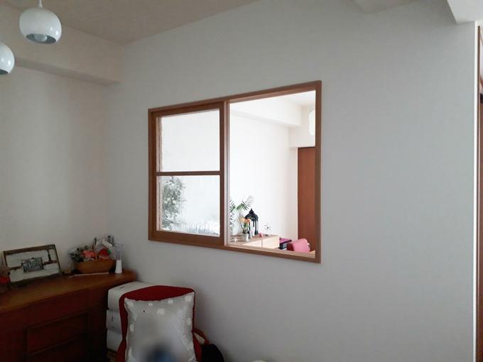 窓を増やしてお部屋にあかるさと開放感を