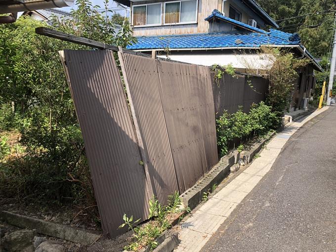 台風で倒れてしまいました