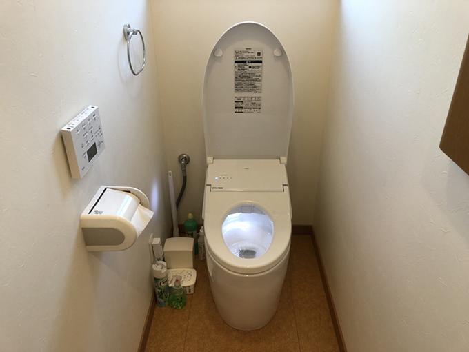 さくっと半日トイレ交換